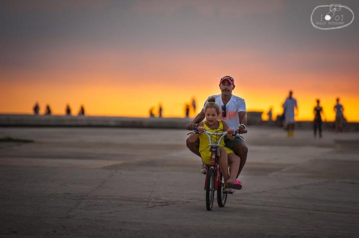 Father/Daugher Bike Ride on Malecon