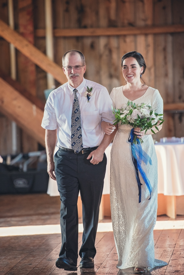 barn-wedding-maryland-photography-17