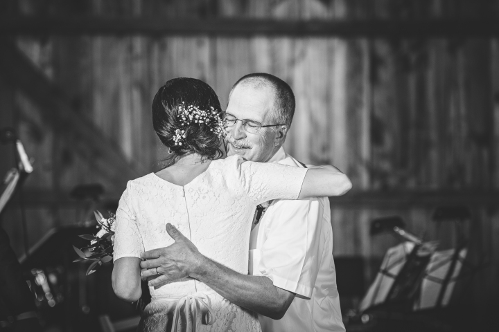 barn-wedding-maryland-photography-18