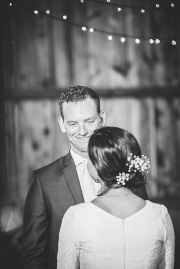 barn-wedding-maryland-photography-21