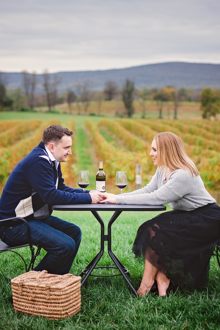 breuax-vineyard-engagement-session-1