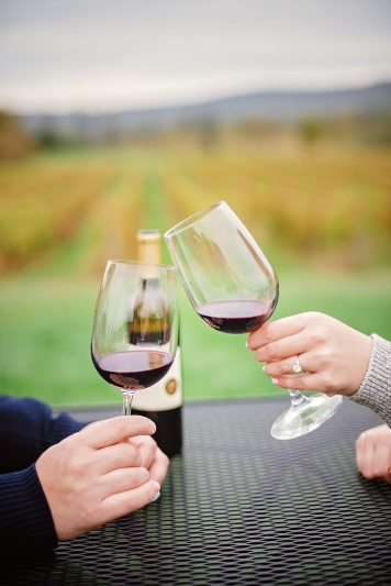 breuax-vineyard-engagement-session-2