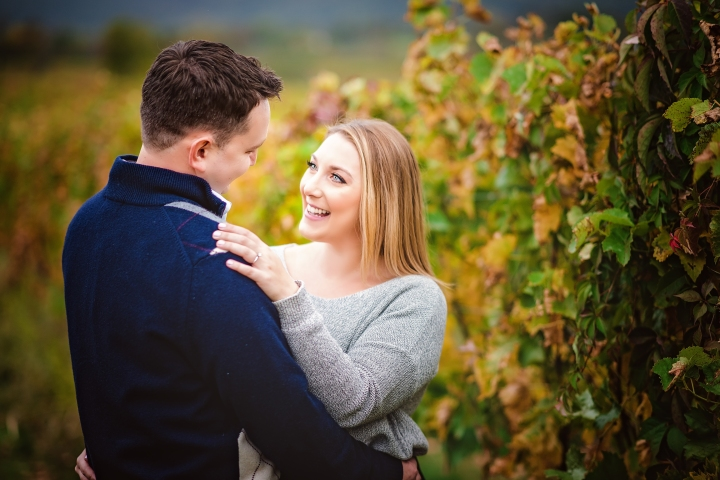 breuax-vineyard-engagement-session-3