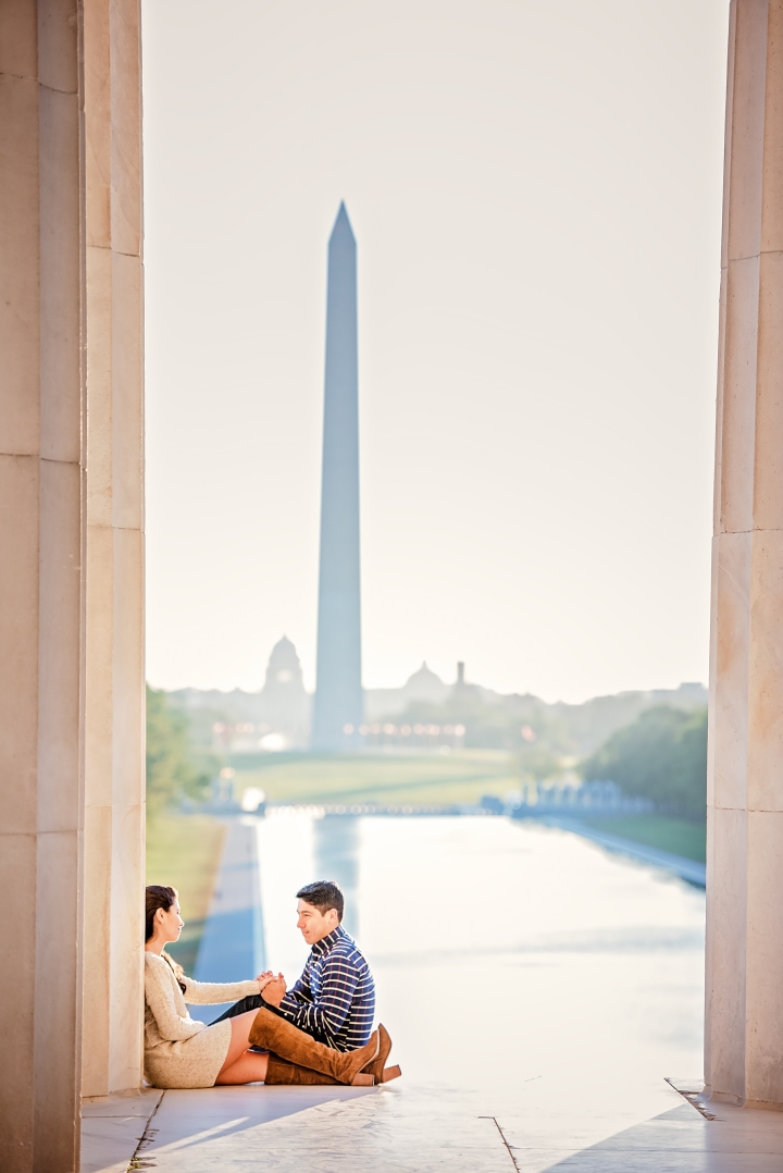 jefferson-memorial-sunrise-engagement-session-4