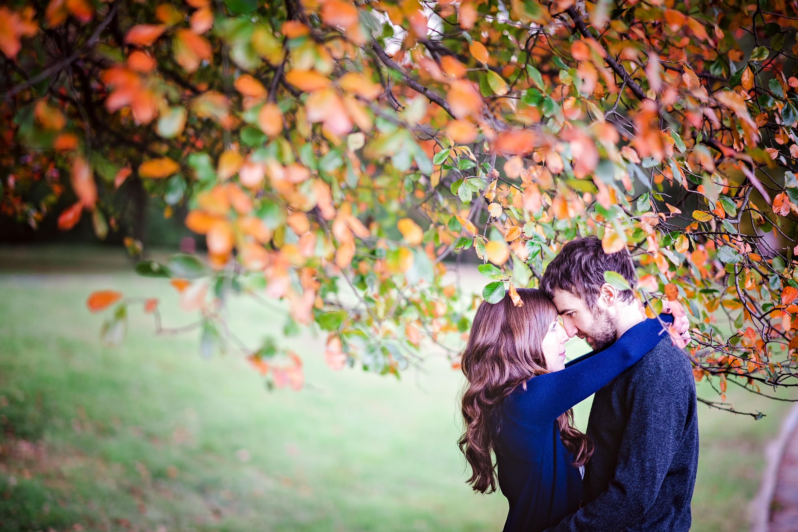 rock-creek-park-autumn-engagement-session-9