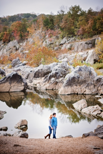 great-falls-park-maryland-engagement-session-12