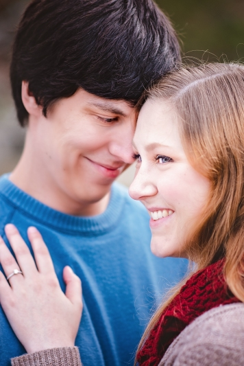 great-falls-park-maryland-engagement-session-7