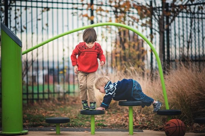 Harry Thomas Park Family Photo Session -20