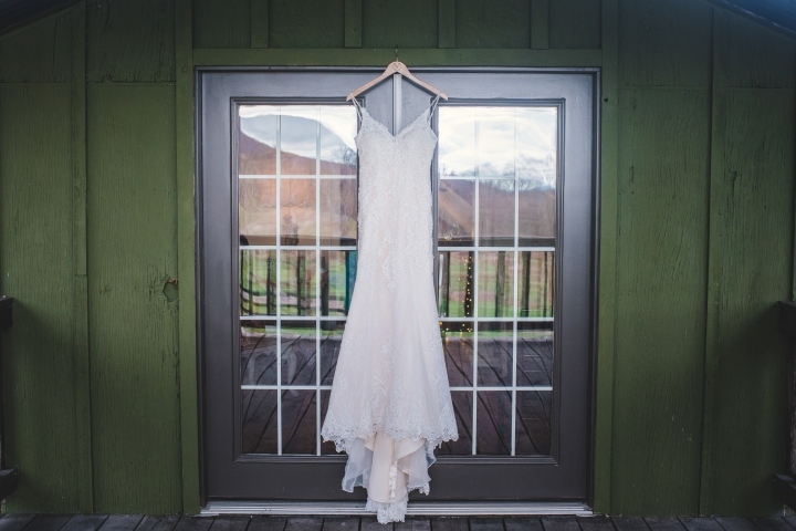 Bluemont Vineyard Wedding Virginia-2