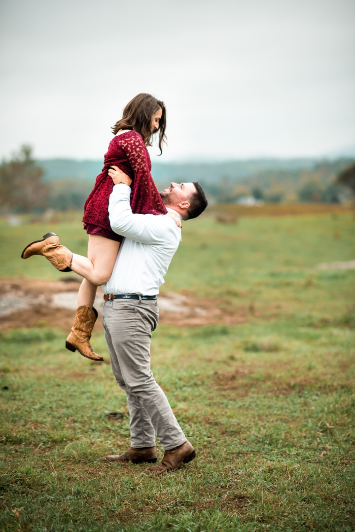 Greenhill Vineyard Engagement Session-11